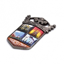 Imán souvenir escudo 5 etiquetas resina